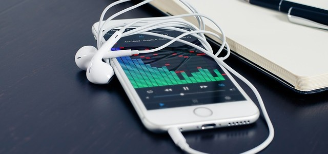 iTunes music 再生回数を見て笑う
