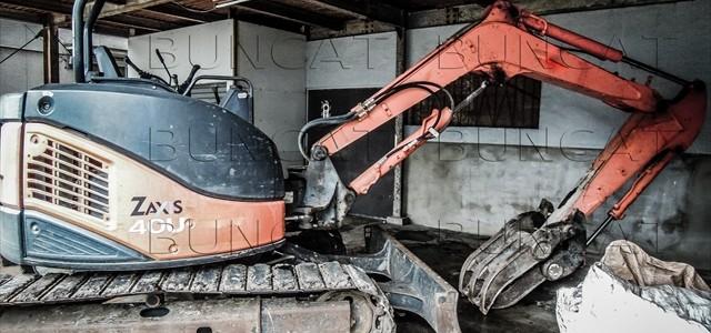 エヴァンゲリオン的な掘削機の破壊